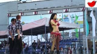 Бьянка на празднике 118-летия Новосибирска часть 1