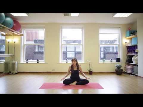 A 20 Minute Pregnancy Yogalates Class