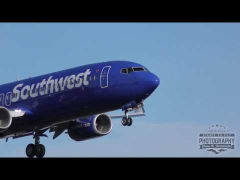 Southwest Airlines Boeing 737 Landing - Maintenance - Paine Field