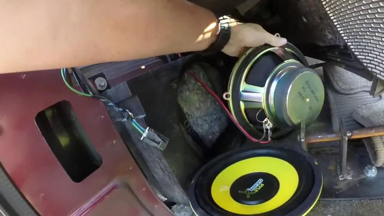 cheap solution to a blown speaker 2002 suburban [ 1280 x 720 Pixel ]