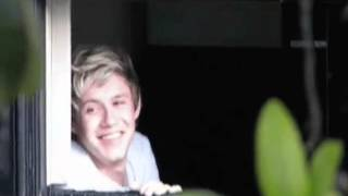 Repeat youtube video Niall Horan Loves- Miley Cyrus -Stay
