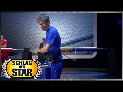 Spiel 11 - Abrollen - Schlag den Star - YouTube