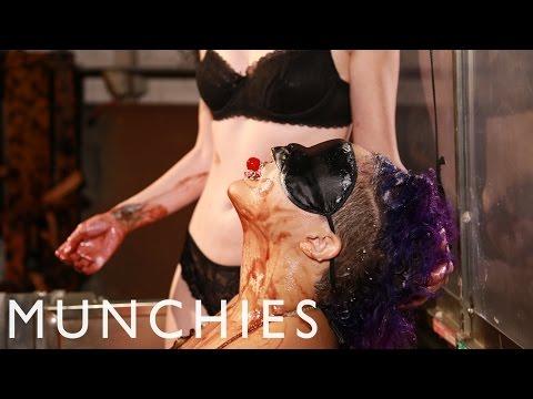 Sex Food: SploshingKaynak: YouTube · Süre: 15 dakika10 saniye