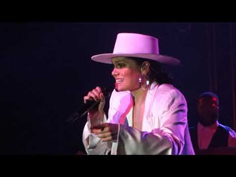 """Jessie J. """"Real Deal"""" """"Not My Ex"""" LIVE In Seattle, WA At The Showbox SoDo On 10/6/18"""