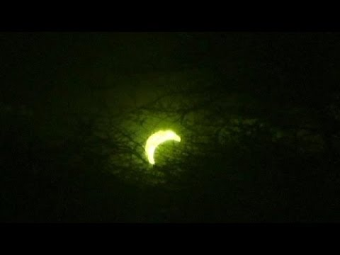 Rare solar eclipse sweeps across US, Europe and Africa