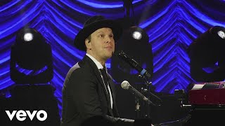 Gavin DeGraw - Something Worth Saving (Official Video)
