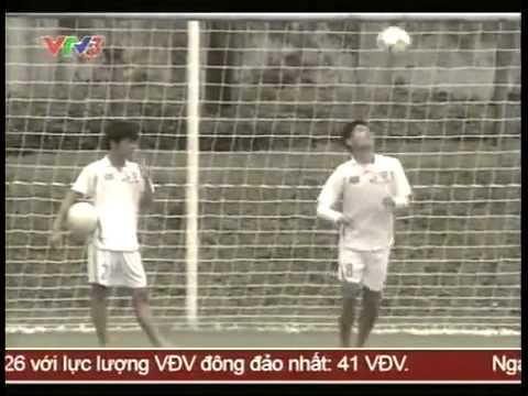 Cầu thủ Trần Hữu Đông Triều - Học viện bóng đá HAGL-ARSENAL-JMG (10/2011)