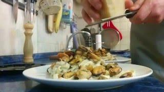 Тальятелли с сырно-сливочным соусом и цуккини