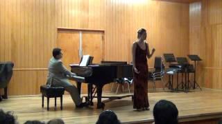 Carlos Islas Arias: ¿Quien Me Compra Una Naranja?, para Voz y Piano (2000) Poesia de Jose Gorostiza
