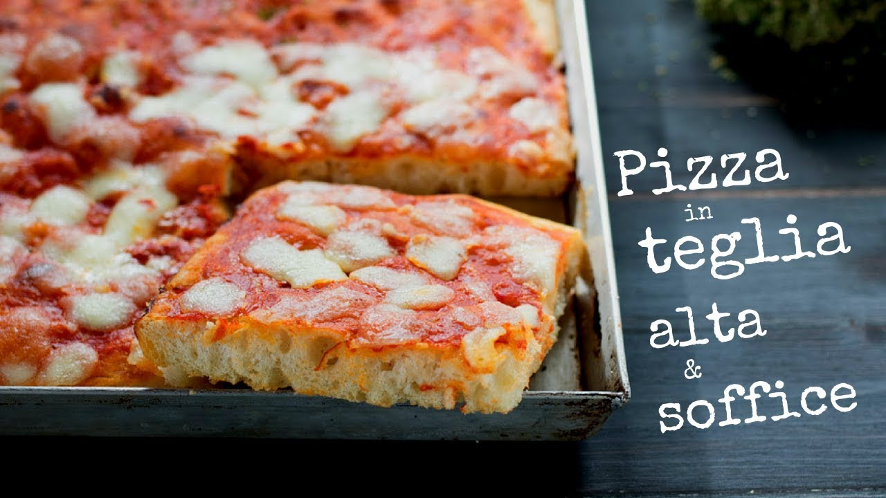 PIZZA IN TEGLIA ALTA E SOFFICE DI BENEDETTA , Ricetta Facile Senza Impasto.  Fatto in casa da Benedetta