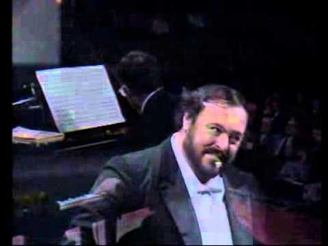 Luciano Pavarotti - L'Ultima Canzone (Bari, 1984)