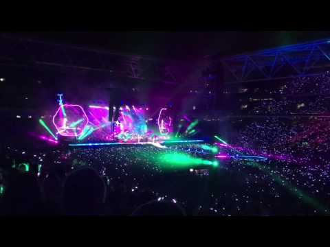 Coldplay LIVE Brisbane 2016 tour - A Sky full of Stars