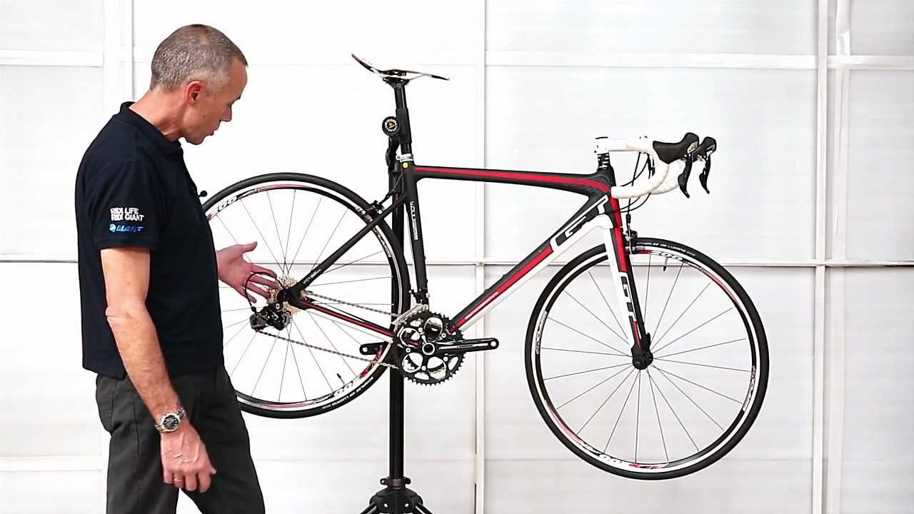 GT Carbon Elite Road Bike - YouTube