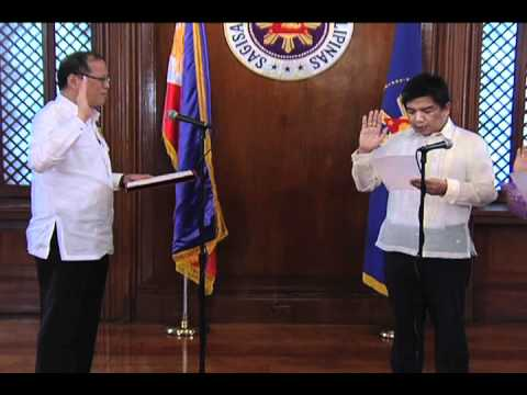 Oath-taking of ARMM Officials 12/19/2011