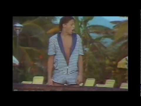 Luis Miguel - La Chica Del Bikini Azul (Official Video)