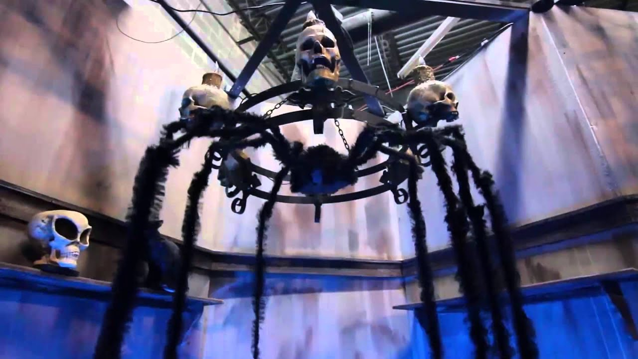 Animated spider with long legs halloween prop haunted for Animated spider halloween decoration