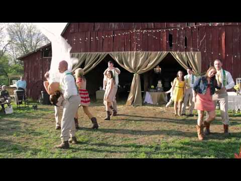 Wedding Party Group Dance to Footloose by Blake Shelton