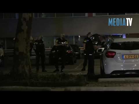 Politie lost waarschuwingsschot op Lylantse Plein Capelle aan den IJssel