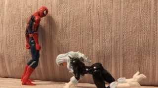 битва женщины кошки и человека-паука