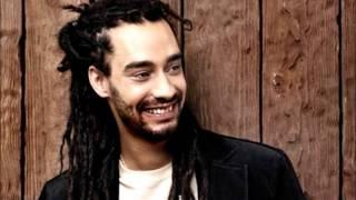 TAIRO-aime la vie (feat Youssoupha)