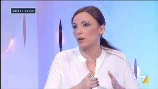 Lucia Borgonzoni (Lega Nord) sui migranti: 'Non riusciamo a rimpatriare neanche i delinquenti'