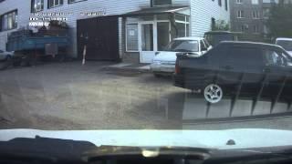 Стук подвески. Гранта лифтбек. Видео с машины.