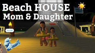 Roblox Bloxburg| Mom & Baby Beach house VACATION