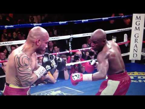 Highlights of the Floyd Mayweather straight right hand