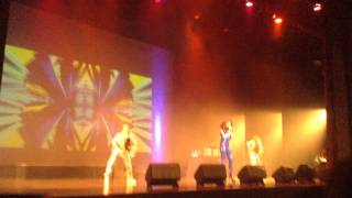 Sarah Geronimo Perfect 10 Opening Break Free Live in Vancouver Canada May 1,2015