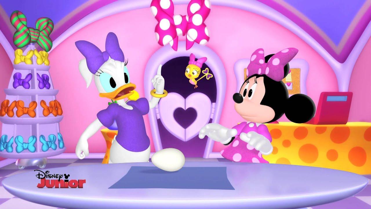 Minnie S Bow Toons Cuckoo Loca S Egg Celent Adventure Youtube