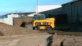 Gehl skid loader on Loegering VTS
