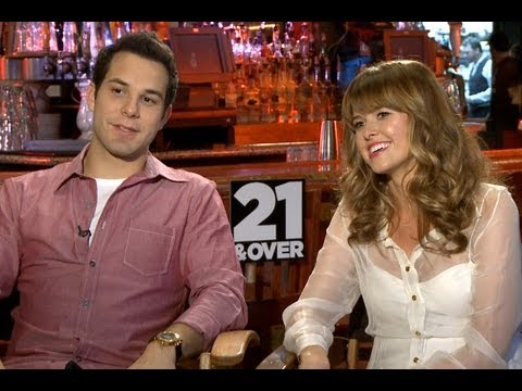 '21 and Over' Skylar Astin and Sarah Wright