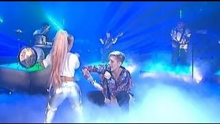 Repeat youtube video Miley Cyrus Performs with Little People on German TV!