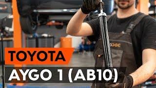 Hvordan bytte bak støtdemper der på TOYOTA AYGO 1 (AB10) [AUTODOC-VIDEOLEKSJONER]