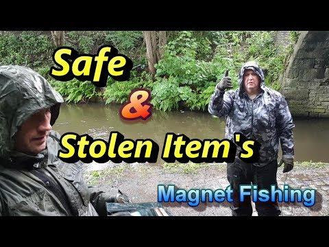 Safe & Stolen Items Found Magnet Fishing.