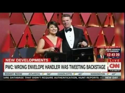 PwC blames star struck Brian Cullinan distracted by tweeting for Best Picture Oscar foul up
