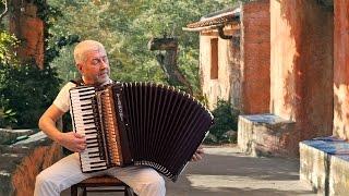 IL POSTINO - POSTMAN - MI MANCHERAI - Romantic Italian accordion film music - Musica fisarmonica