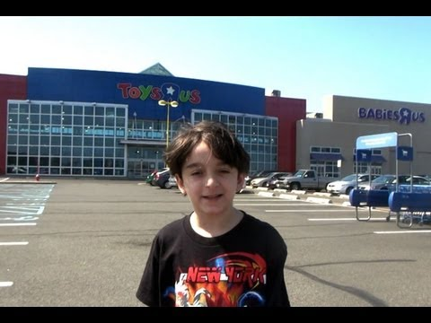 Beyblade Hunting Toys R Us ,Elizabeth,  New Jersey, USA  -  August 31st 2012