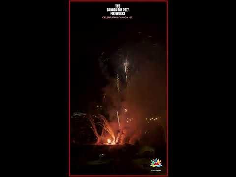 YYC CanadaDay Fireworks 2017 Canada150