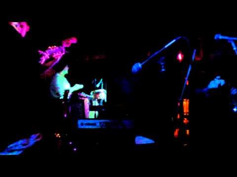 Fresh Hops-Lorans Dance feat. Willie Waldman at Shoreline Brewery