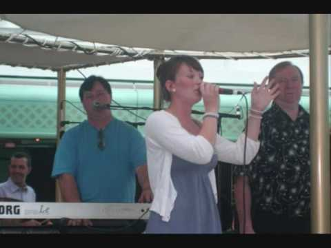 Tom Healy Band featuring Sinead Healy When the Rains Come