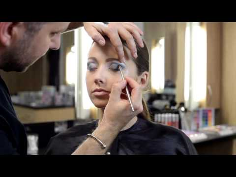 Tutorial - Eye make-up with Kryolan HD Cream Liner Travel Video