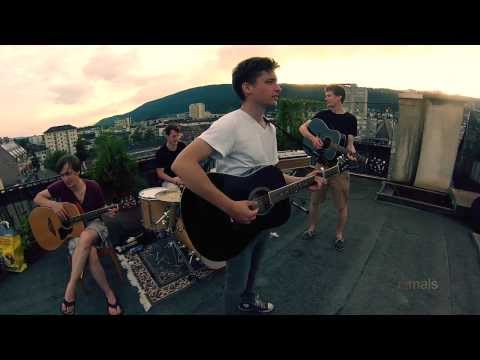 CIRCLES // rooftop session