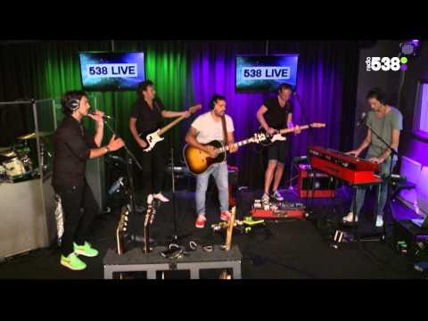 Waylon - Love Drunk | Live bij Evers Staat Op
