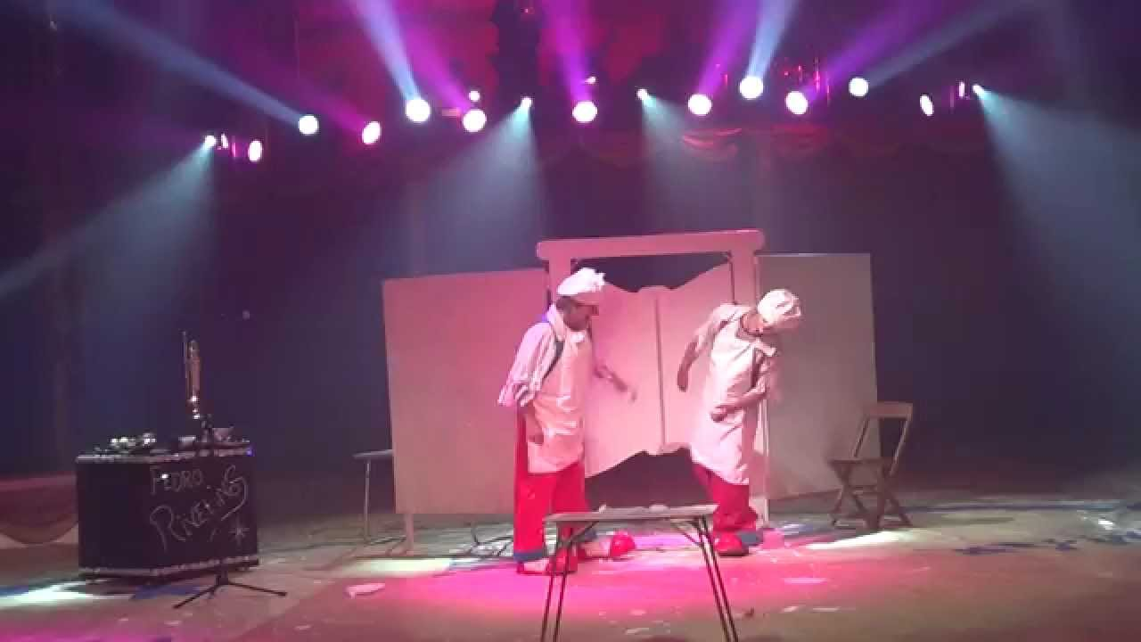 Pedro Rivelinos Clown Cake Act Youtube