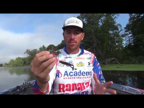 Buzzbait rigging tips from Jacob Wheeler