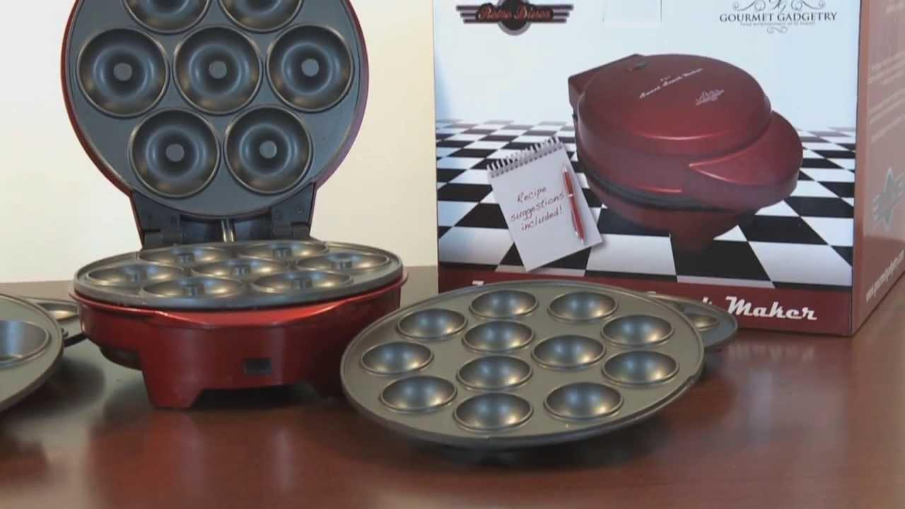 retro diner 3 in 1 sweet snack maker cake pop maker cupcake maker doughnut maker youtube. Black Bedroom Furniture Sets. Home Design Ideas