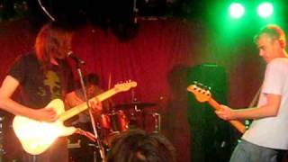 "Evan Dando w/ Tom Morgan & Nic Dalton ""Glad I Don´t Know"" @ The Annandale Hotel, Sydney, April 2009"