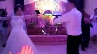 Лезгинка на русской свадьбе! Жених и невеста!