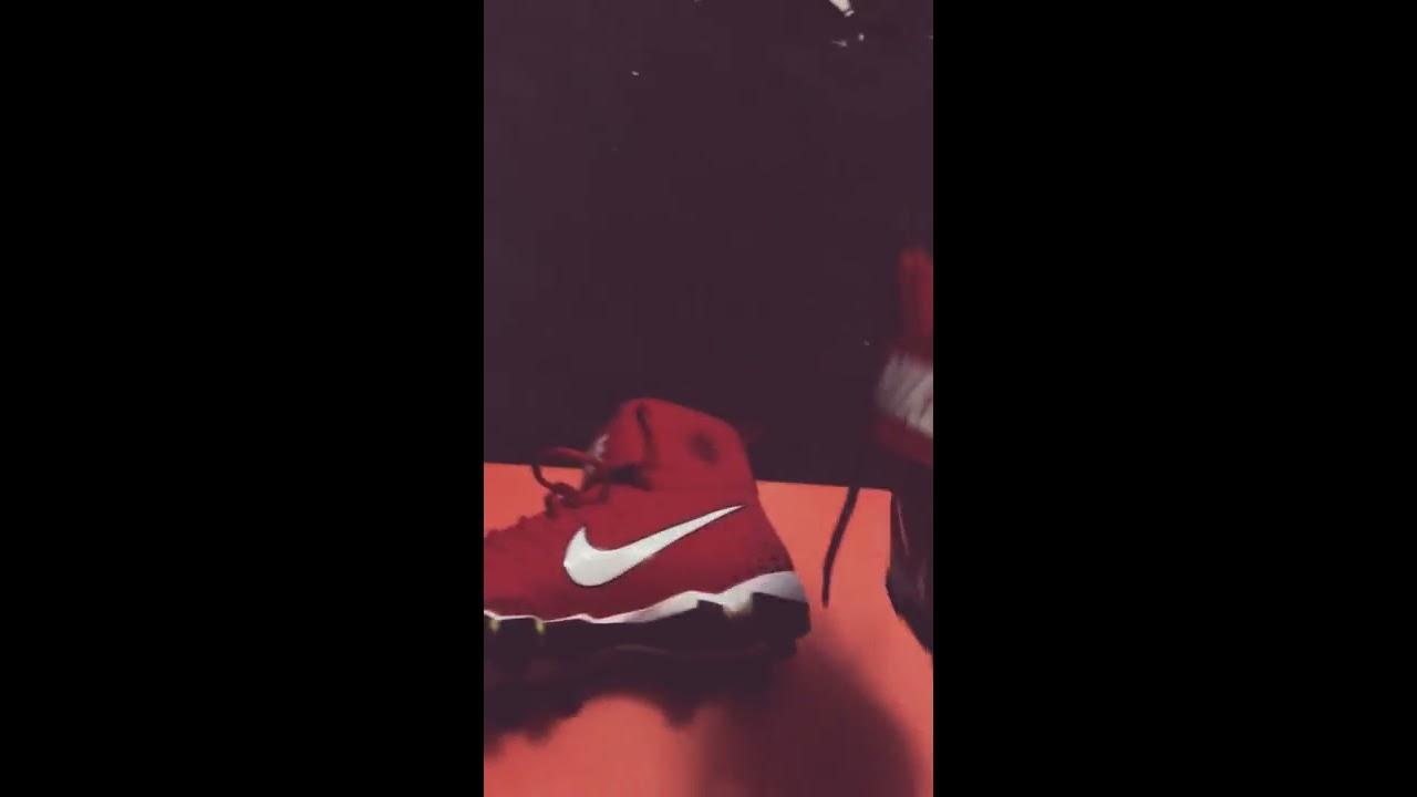 18c68e88878d8 NIKE SAVAGE SHARK FOOTBALL CLEET REVIEW - YouTube